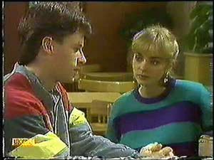 Jane Harris, Mike Young in Neighbours Episode 0599