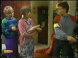 Nell Mangel, Jane Harris, Mike Young in Neighbours Episode 0600