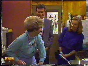 Eileen Clarke, Des Clarke, Sally Wells in Neighbours Episode 0601