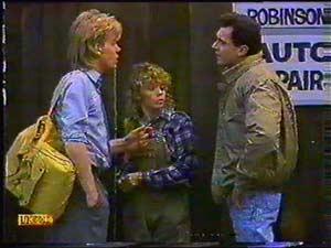 Scott Robinson, Charlene Robinson, Greg Cooper in Neighbours Episode 0601