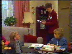 Jane Harris, Nell Mangel, Scott Robinson in Neighbours Episode 0602
