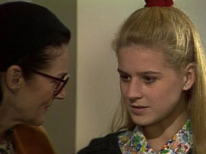 Dorothy Burke, Phoebe Bright in Neighbours Episode 1721