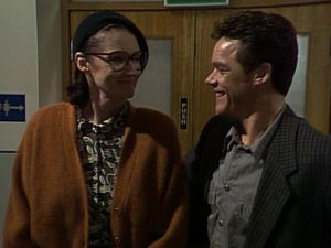Dorothy Burke, Paul Robinson in Neighbours Episode 1721