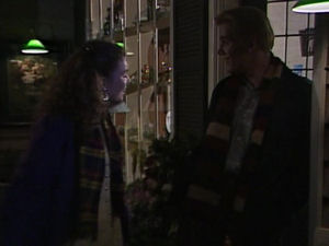 Simon Hunter, Gaby Willis in Neighbours Episode 1721