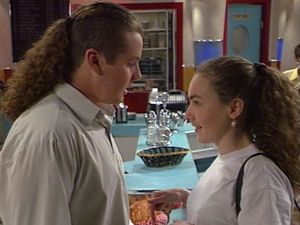 Toadie Rebecchi, Debbie Martin in Neighbours Episode 2965