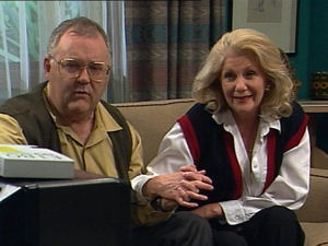 Madge Bishop, Harold Bishop in Neighbours Episode 2965