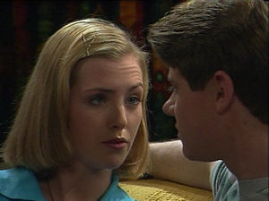 Amy Greenwood, Lance Wilkinson in Neighbours Episode 2965