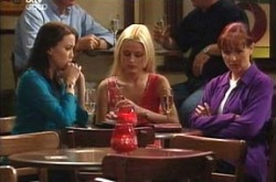 Libby Kennedy, Dee Bliss, Susan Kennedy in Neighbours Episode 4212