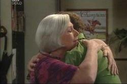 Rosie Hoyland, Max Hoyland in Neighbours Episode 4213