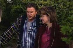 Joe Scully, Lyn Scully in Neighbours Episode 4213
