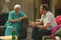 Rosie Hoyland, Max Hoyland in Neighbours Episode 4214