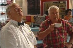 Lou Carpenter, Harold Bishop in Neighbours Episode 4215