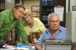 Lou Carpenter, Max Hoyland, Valda Sheergold in Neighbours Episode 4216