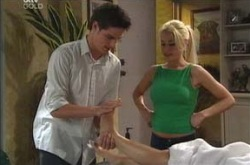 Jack Scully, Dee Bliss, Lori Lee in Neighbours Episode 4217