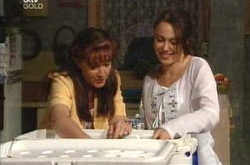 Susan Kennedy, Libby Kennedy in Neighbours Episode 4223