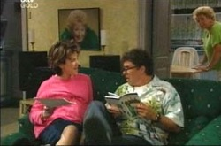 Lyn Scully, Joe Scully, Valda Sheergold in Neighbours Episode 4225