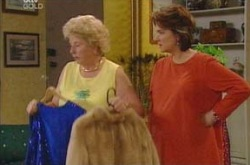 Valda Sheergold, Lyn Scully in Neighbours Episode 4226