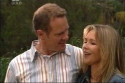 Steph Scully, Max Hoyland in Neighbours Episode 4228