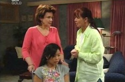 Lyn Scully, Lori Lee, Susan Kennedy in Neighbours Episode 4229