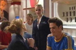 Nina Tucker, Tahnee Coppin, Jack Scully in Neighbours Episode 4232