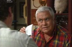 Lou Carpenter in Neighbours Episode 4233