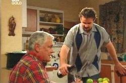 Toadie Rebecchi, Lou Carpenter in Neighbours Episode 4233