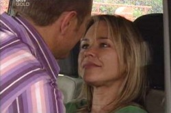 Max Hoyland, Steph Scully in Neighbours Episode 4233