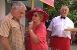 Lou Carpenter, Valda Sheergold, Harold Bishop in Neighbours Episode 4234