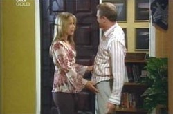 Max Hoyland, Steph Scully in Neighbours Episode 4239