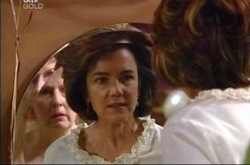 Valda Sheergold, Lyn Scully in Neighbours Episode 4272