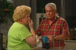 Valda Sheergold, Lou Carpenter in Neighbours Episode 4272