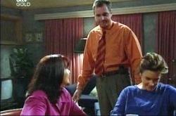 Susan Kennedy, Karl Kennedy, Lyn Scully in Neighbours Episode 4275