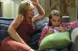 Steph Scully, Summer Hoyland in Neighbours Episode 4275