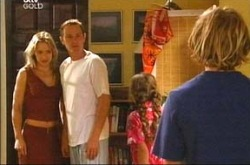 Steph Scully, Boyd Hoyland, Summer Hoyland, Max Hoyland in Neighbours Episode 4276