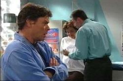 Joe Scully, Lyn Scully, Karl Kennedy in Neighbours Episode 4279
