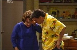 Lyn Scully, Joe Scully in Neighbours Episode 4282