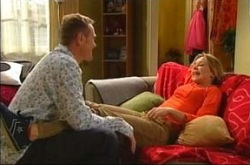 Max Hoyland, Steph Scully in Neighbours Episode 4285