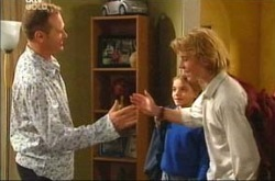 Max Hoyland, Summer Hoyland, Boyd Hoyland in Neighbours Episode 4285