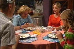 Boyd Hoyland, Max Hoyland, Summer Hoyland, Steph Scully in Neighbours Episode 4286