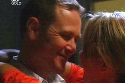 Max Hoyland, Steph Scully in Neighbours Episode 4286