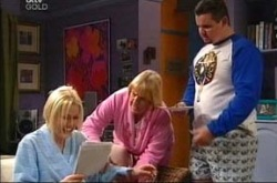 Dee Bliss, Angie Rebecchi, Toadie Rebecchi in Neighbours Episode 4287
