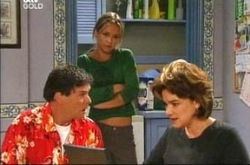 Joe Scully, Steph Scully, Lyn Scully in Neighbours Episode 4287