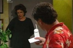 Lyn Scully, Joe Scully in Neighbours Episode 4287