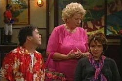 Joe Scully, Valda Sheergold, Lyn Scully in Neighbours Episode 4287