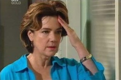 Lyn Scully in Neighbours Episode 4288