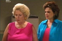 Valda Sheergold, Lyn Scully in Neighbours Episode 4289