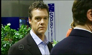 Paul Robinson in Neighbours Episode 4651