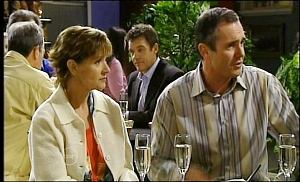 Susan Kennedy, Paul Robinson, Karl Kennedy in Neighbours Episode 4652