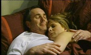 Karl Kennedy, Izzy Hoyland in Neighbours Episode 4652