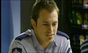 Stuart Parker in Neighbours Episode 4653